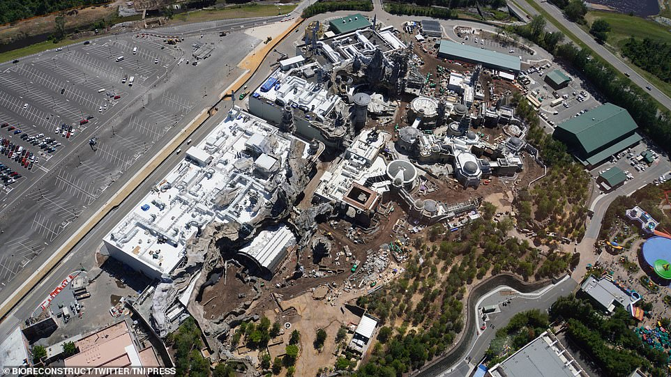 Disney Almost Completed It's $1 Billion Worth 'Star Wars' Land Released It's Aerial Views